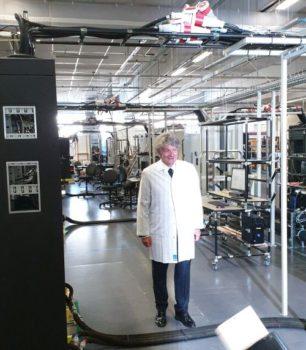 Thierry Breton - Atos: visite à Angers dans l'usine HPC