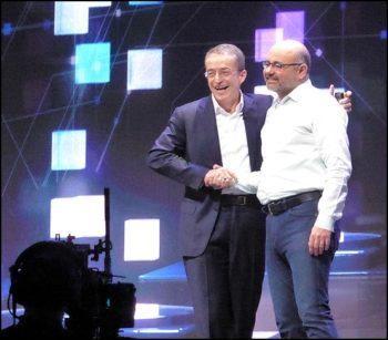 Pat Gesinger, CEO de VMware et Joe Beda, co-créateur de Kubernetes et Principal Engineer chez VMware.