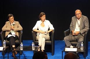 Thierry Trouvé, directeur général chez GRTgaz; Delphine Sabattier, journaliste; et Catherine Cornand, vice-présidente de la division Base Installée chez Framatome